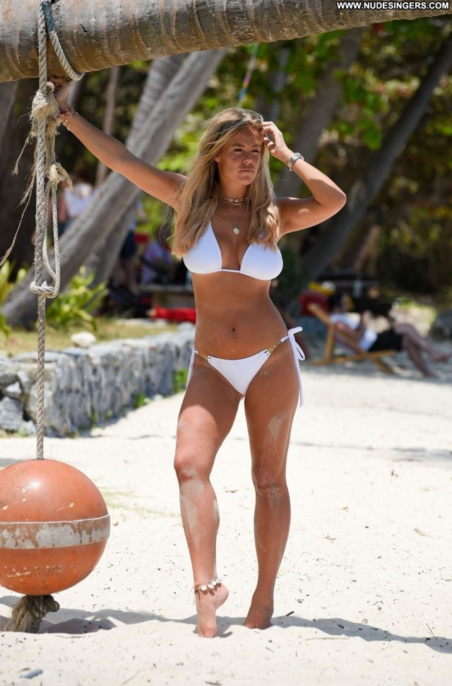 Chloe Meadows No Source Ibiza Swimsuit Big Tits Italy Beautiful Bus