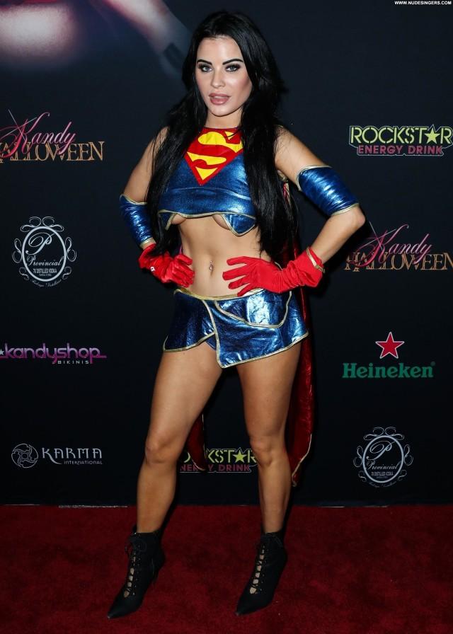 Carla Howe Halloween Party Nude Model Red Carpet Beautiful Halloween