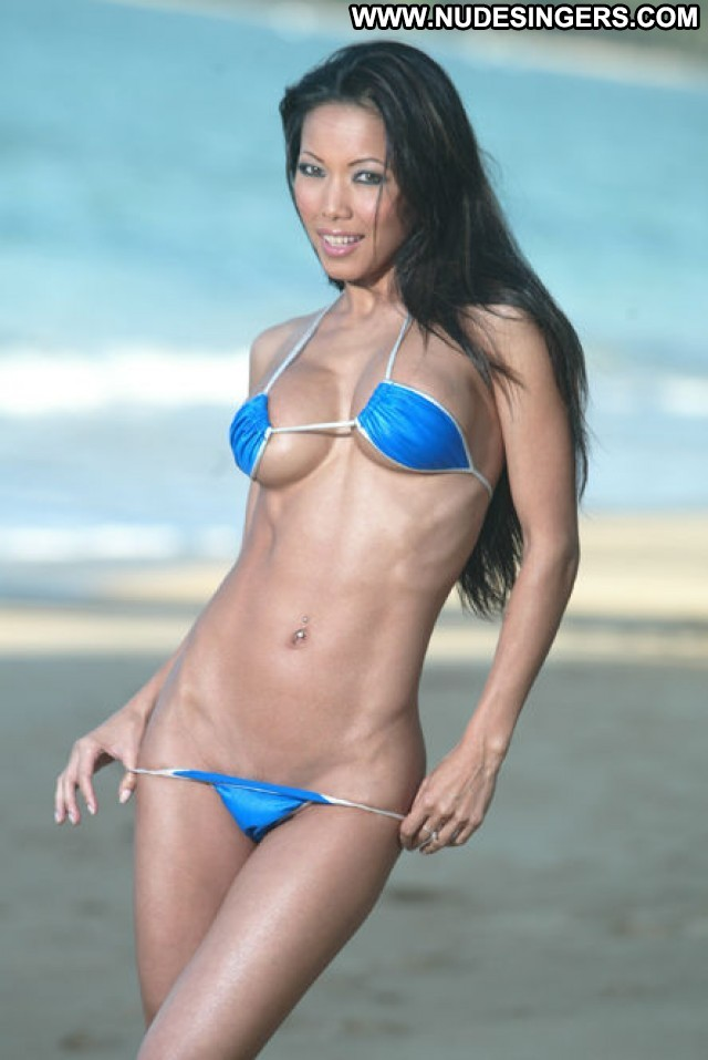 Teanna Kai Photo Shoot Porn Singapore Model Cheerleader Filipino