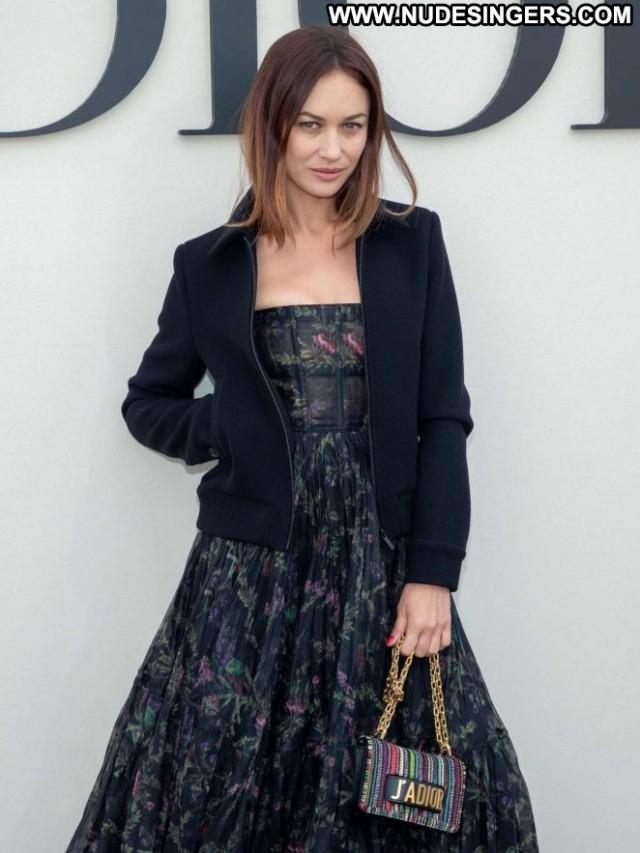 Olga Kurylenko Fashion Show Paparazzi Beautiful Fashion Paris Babe