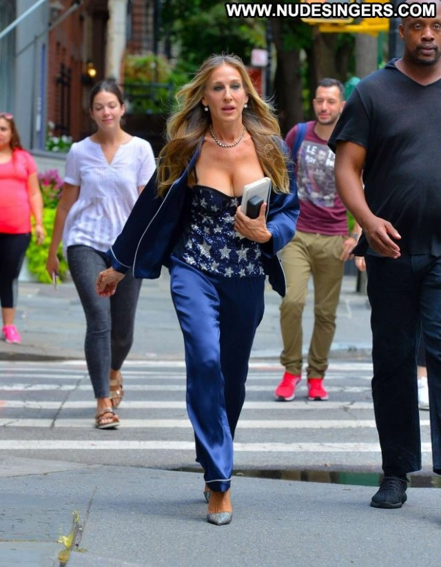 Sarah New York New York Celebrity Posing Hot Beautiful Paparazzi Babe