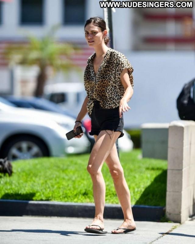 Phoebe Tonkin Los Angeles Paparazzi Babe Shorts Celebrity Denim