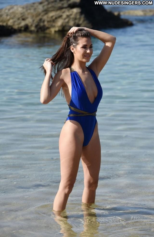 Chloe Goodman No Source Sexy Celebrity Slender Cape Verde Twitter