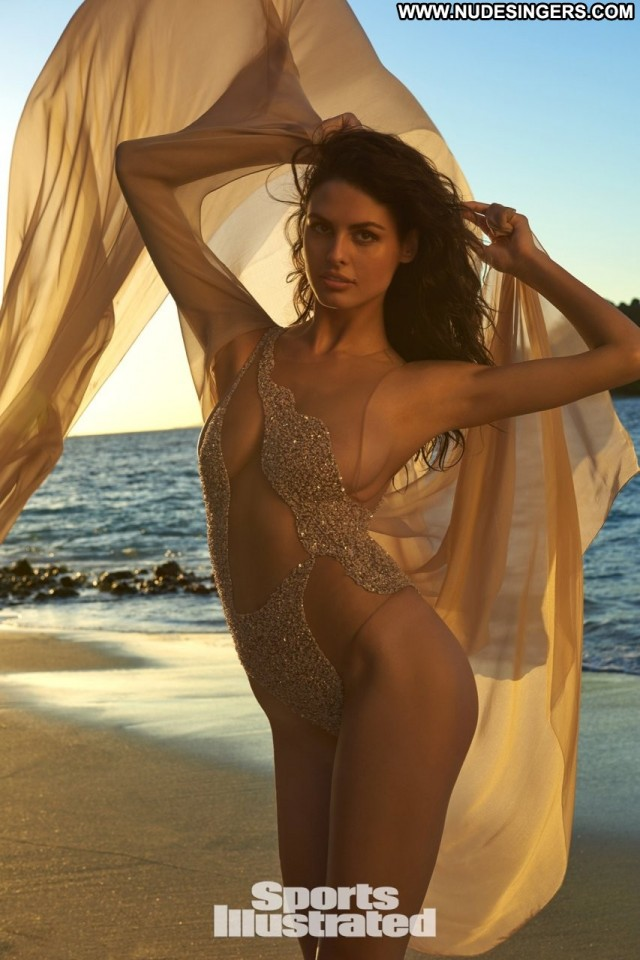 Bojana Krsmanovic Sports Illustrated Serbian Babe Model Sexy Serbia