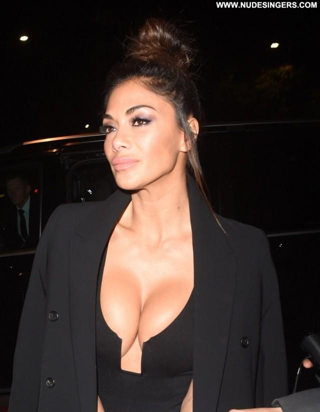 Nicole Scherzinger X Factor London Black Cleavage Posing Hot