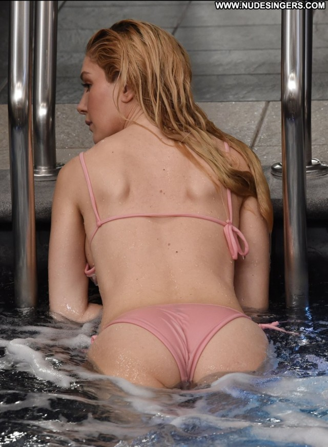 Heidi Montag No Source Pool Posing Hot Sex American Hot Sexy Babe