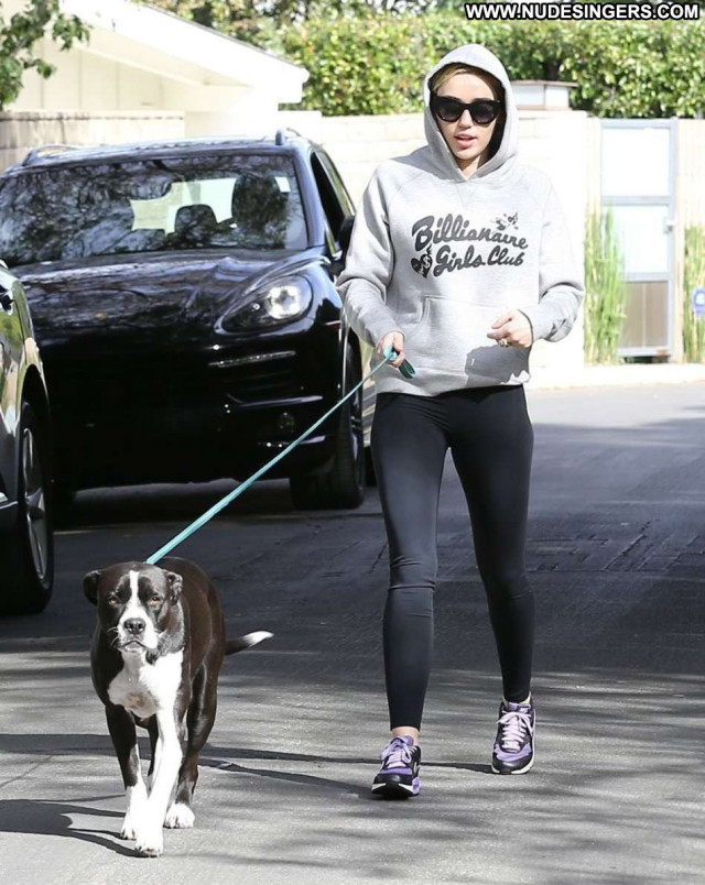 Miley Cyrus No Source Babe Posing Hot Paparazzi Celebrity Beautiful
