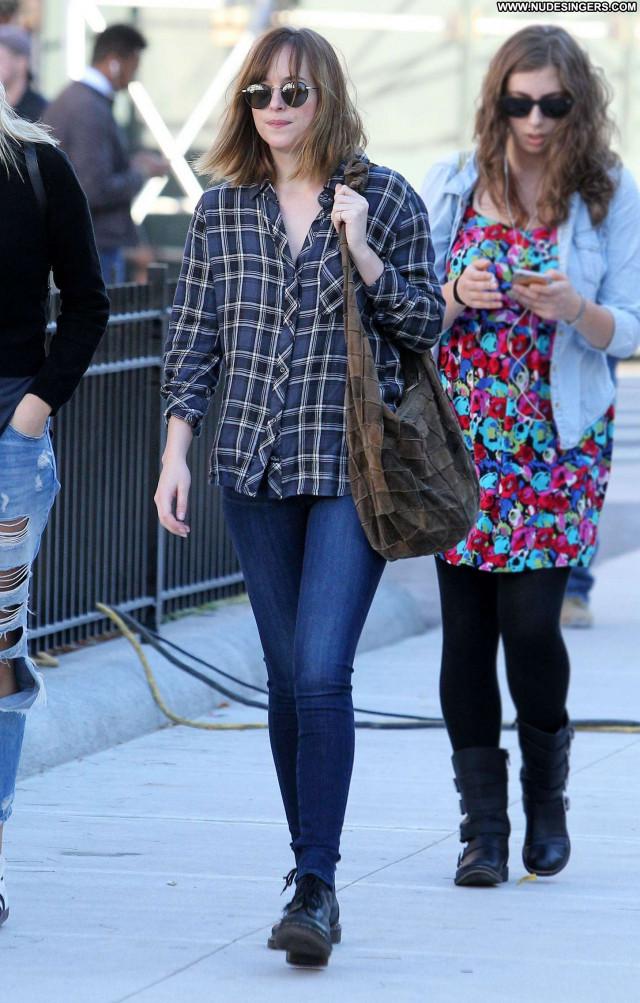 Dakota Johnson New York Beautiful Celebrity New York Jeans Paparazzi