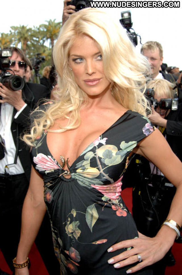 Victoria Silvstedt No Source Celebrity Babe Beautiful Posing Hot Asian