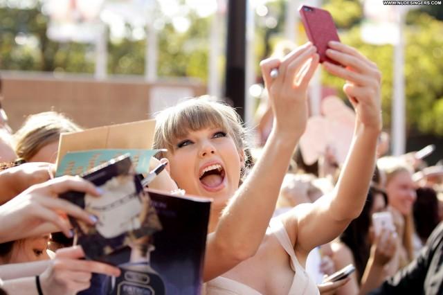 Dua Lipa The Image Nude Babe Beautiful Candids Awards Summer Bikini