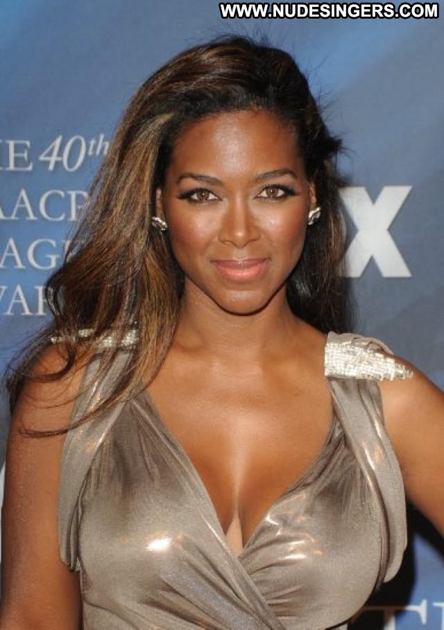 Kenya Moore The Independent American Summer Posing Hot Model Ebony